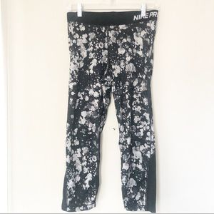 Nike Pro Abstract Printed Dri-FIT Workout Pants